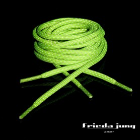 Round reflective shoelaces in Neon-Green