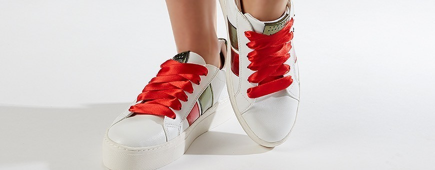 Buy Satin Laces from Frieda Jung online